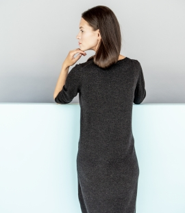 Merino wool dress with long sleeves
