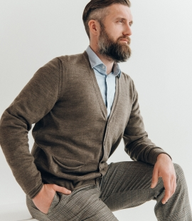 Merino wool cardigan with pockets