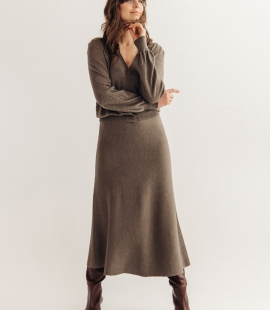 Midi length merino wool skirt
