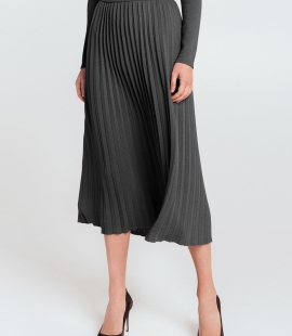 Mid length gofra merino wool skirt with narrow Belt