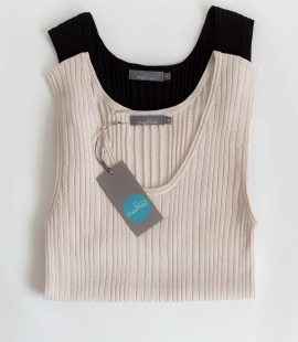 Sleeveless silk and cotton top