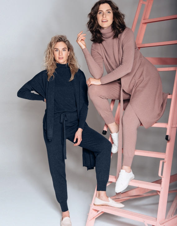Merino and cashmere blend trousers with pockets