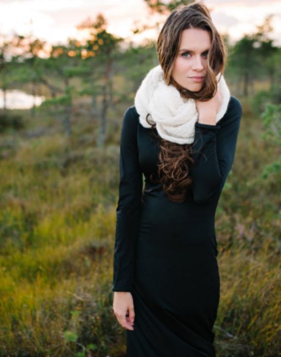 Kidmohairs circle shawl