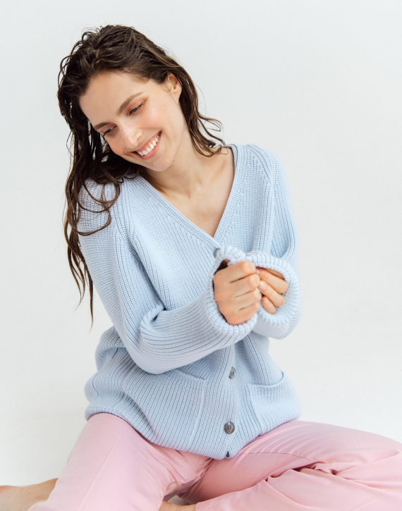 Merino wool pearl pattern cardigan