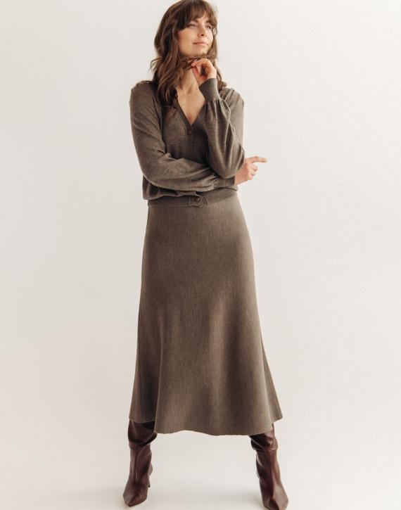 Midi length merino wool skirt