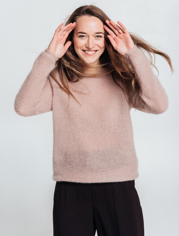 Klasisks moheras un zīda apvienojuma džemperis. Attēls Nr. 1