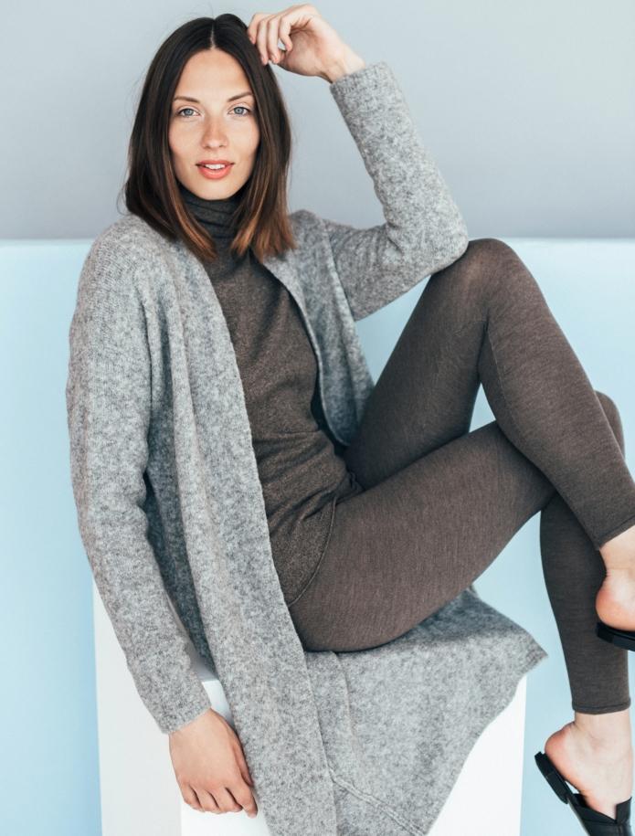 Merino wool mid length cardigan with pockets. Photo Nr. 1