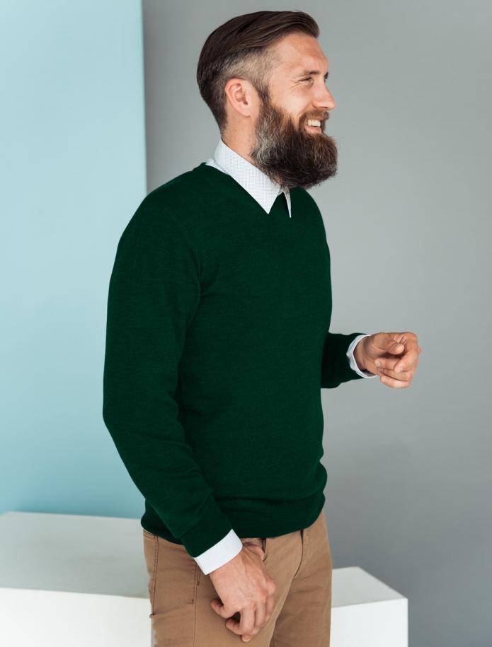 Merino wool V-neck sweater. Photo Nr. 1