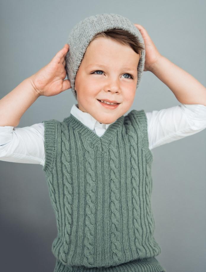 Kids lambs wool vest. Photo Nr. 5