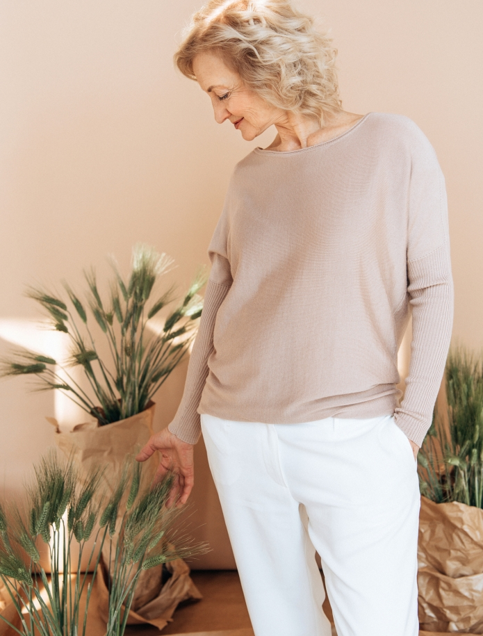 Cashmere, wool and silk blend sweater. Photo Nr. 3