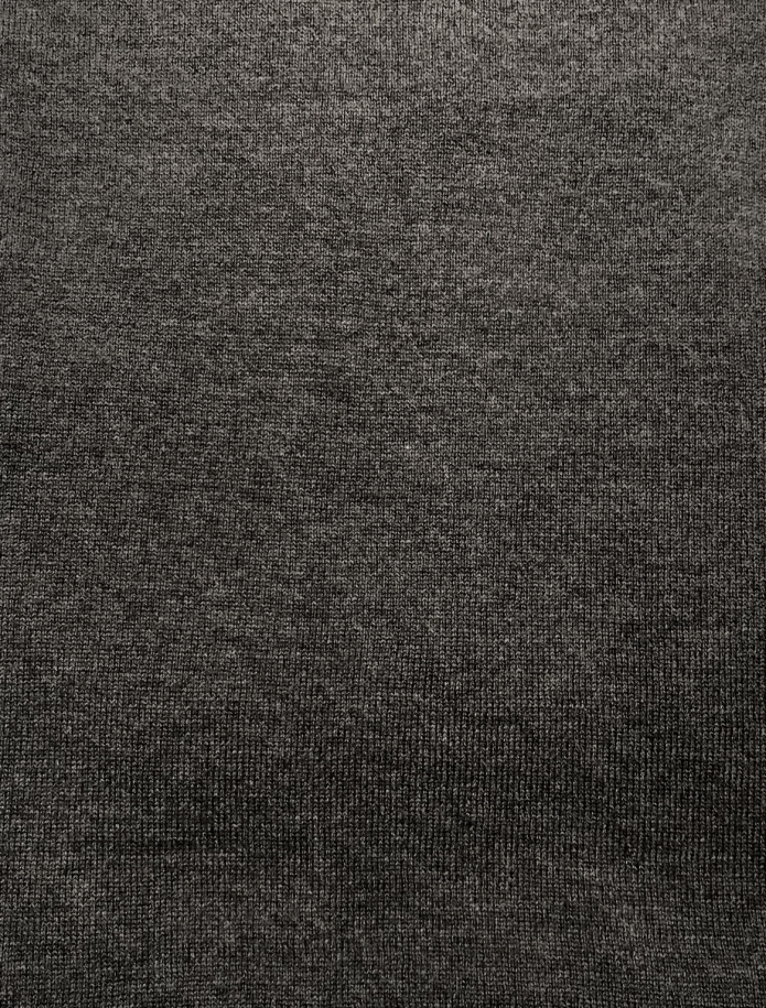 Classic cashmere and merino blend round neck sweater. Photo Nr. 8