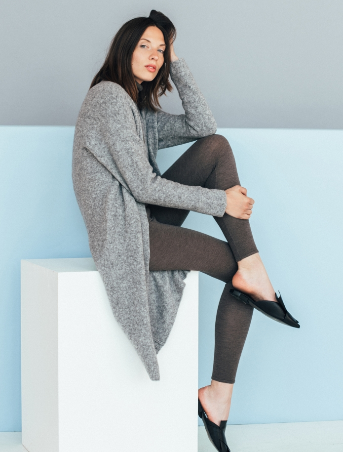 Merino wool mid length cardigan with pockets. Photo Nr. 6