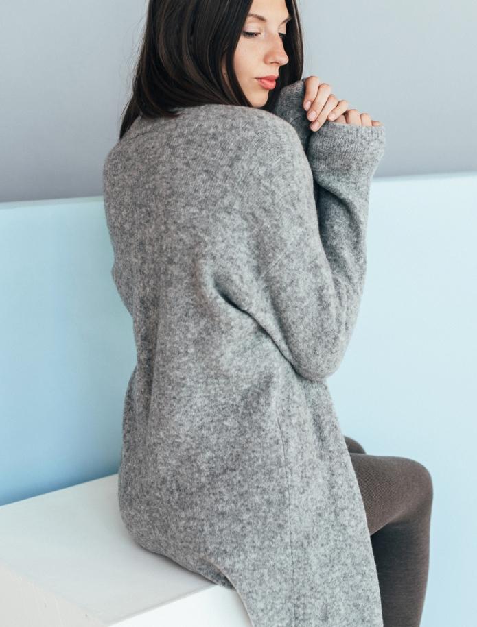 Merino wool mid length cardigan with pockets. Photo Nr. 8
