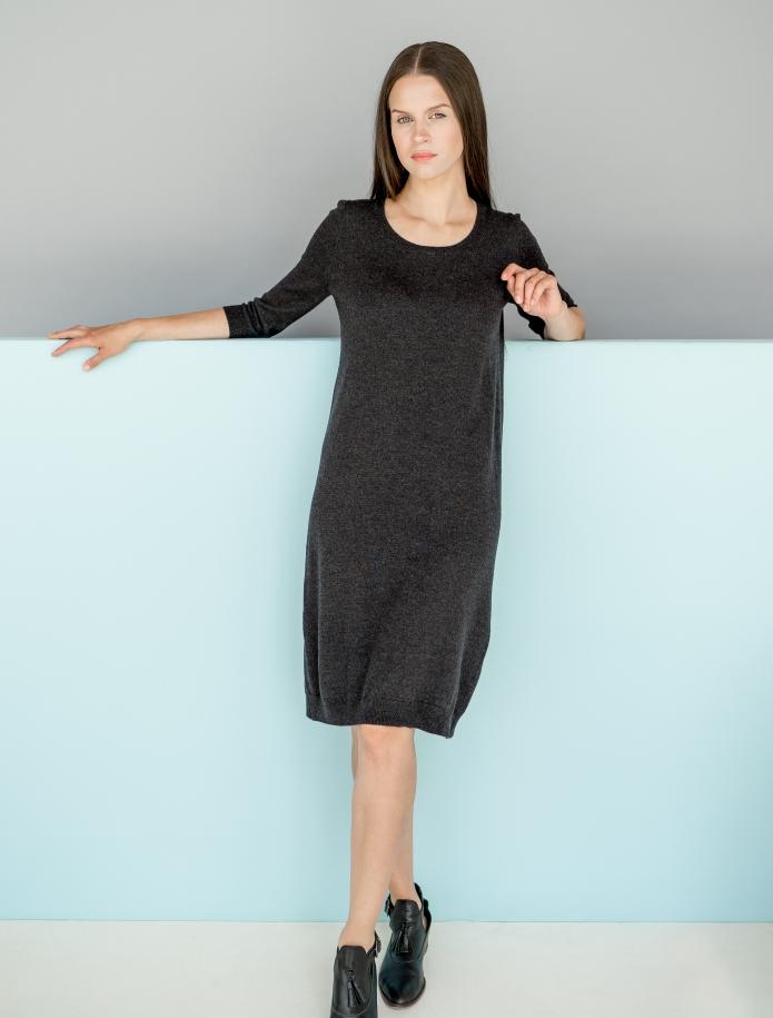 Merino vilnas kleita ar garām piedurknēm. Attēls Nr. 5