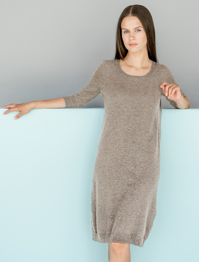 Merino wool dress with 3/4 length sleeves. Photo Nr. 3