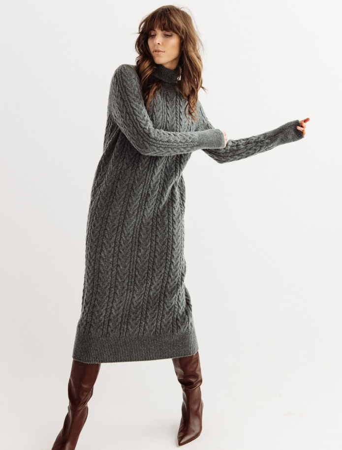 Lambswool cable pattern long dress. Photo Nr. 2