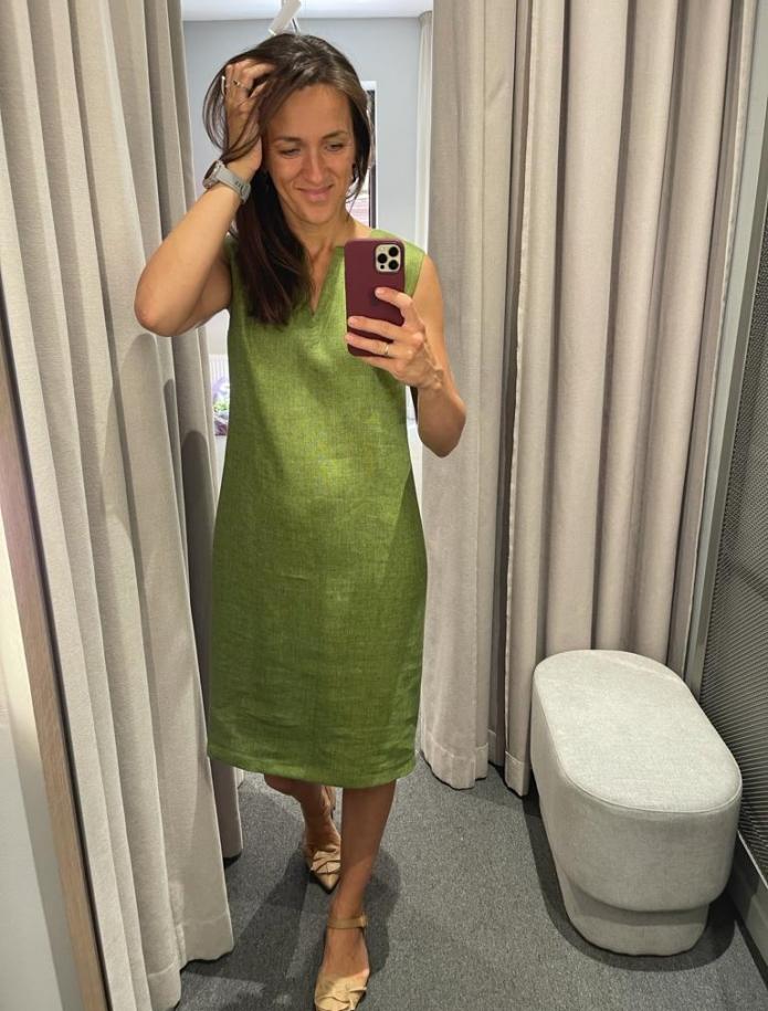 Classic linen dress. Photo Nr. 6