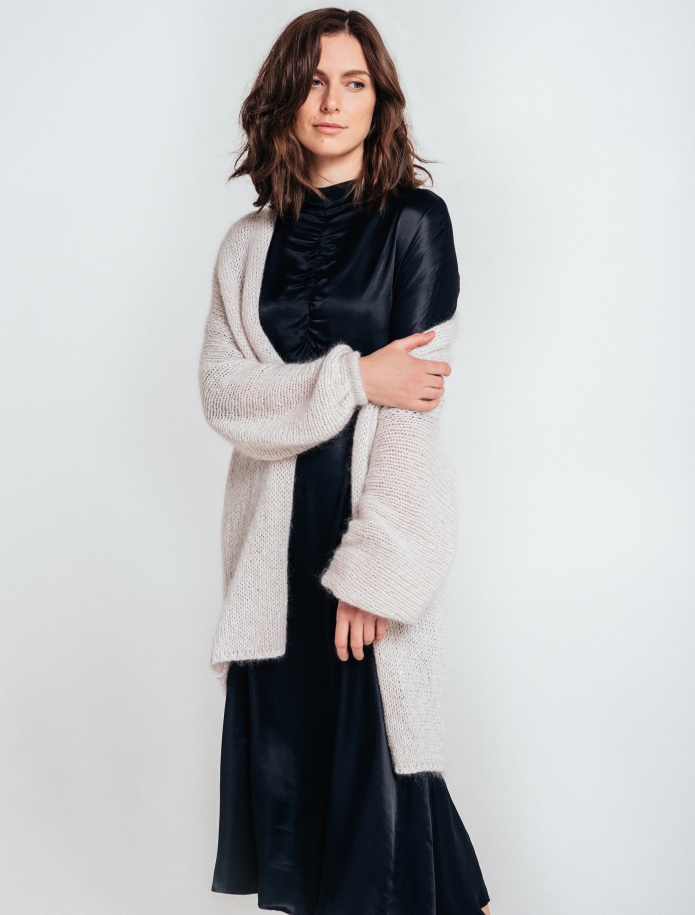 Kidmohair, merino wool and silk blend oversized cardigan. Photo Nr. 6