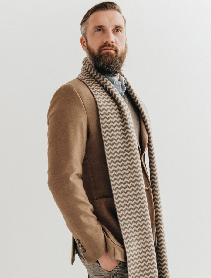 Pure merino plain knitting shawl, Pattern 2. Photo Nr. 3