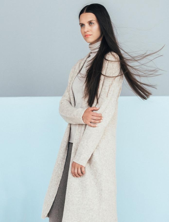Merino wool mid length cardigan with pockets. Photo Nr. 9