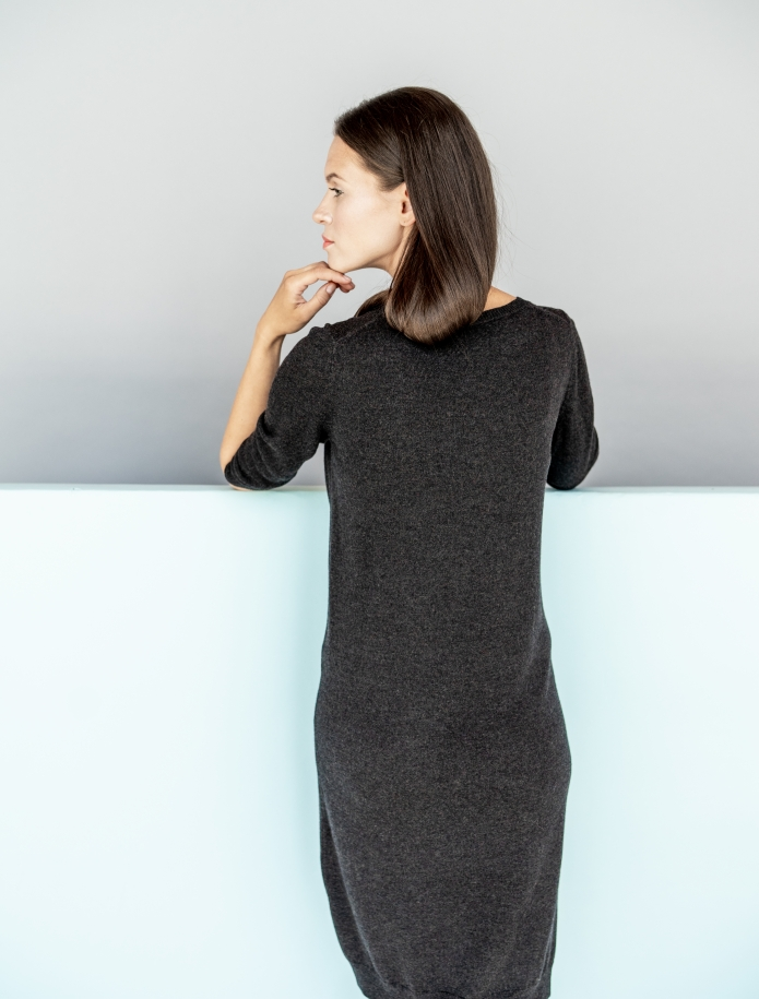 Merino wool dress with 3/4 length sleeves. Photo Nr. 2