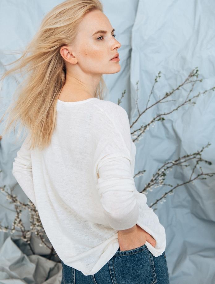 Linen and silk blend round neck sweater. Photo Nr. 3