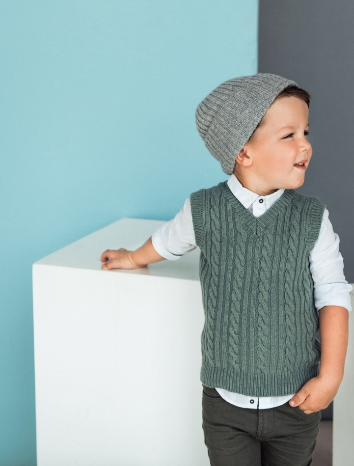 Kids lambs wool vest. Photo Nr. 5