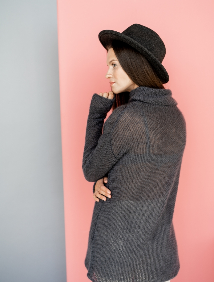 Mohair turtle neck sweater. Photo Nr. 1