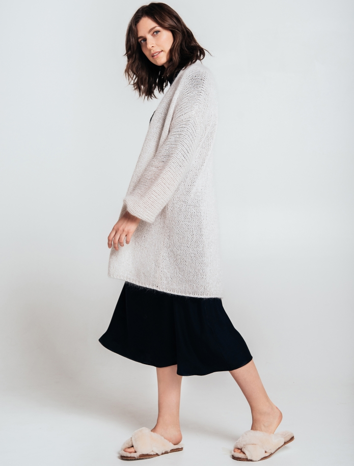 Kidmohair, merino wool and silk blend oversized cardigan. Photo Nr. 4