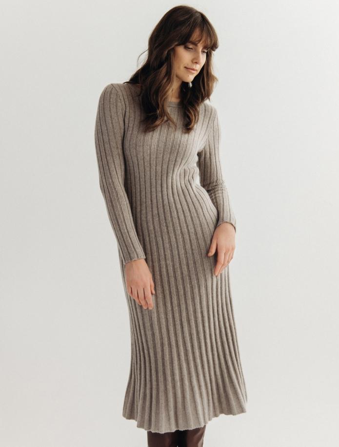 Midi Lambswool dress. Photo Nr. 4