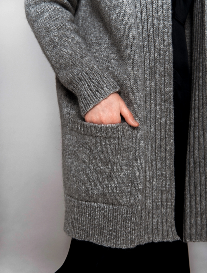 Alpaca long cardigan with pockets. Photo Nr. 5