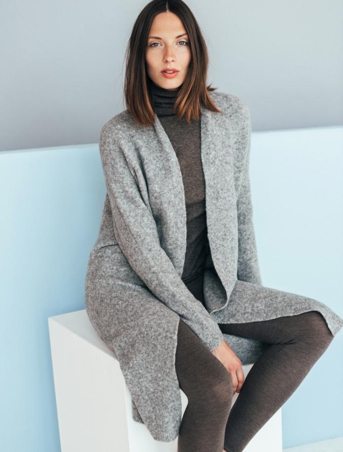 Long merino blend coat. Photo Nr. 1
