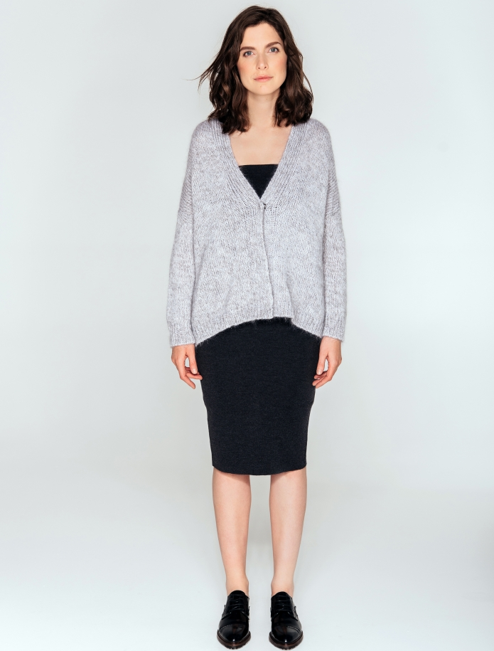 Short oversized cardigan from mohair, merino wool and silk blend. Photo Nr. 1