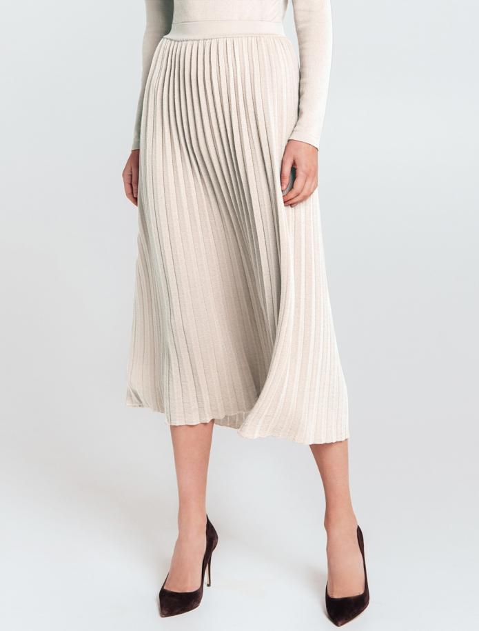 Mid length gofra merino wool skirt with narrow Belt. Photo Nr. 5