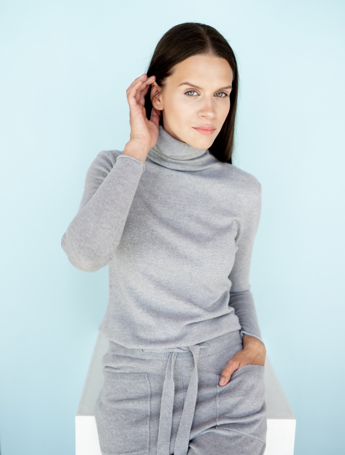 Cashmere turtleneck sweater. Photo Nr. 1