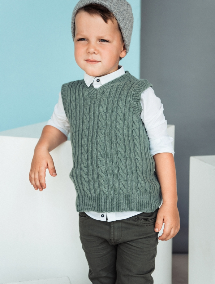 Kids lambs wool vest. Photo Nr. 6