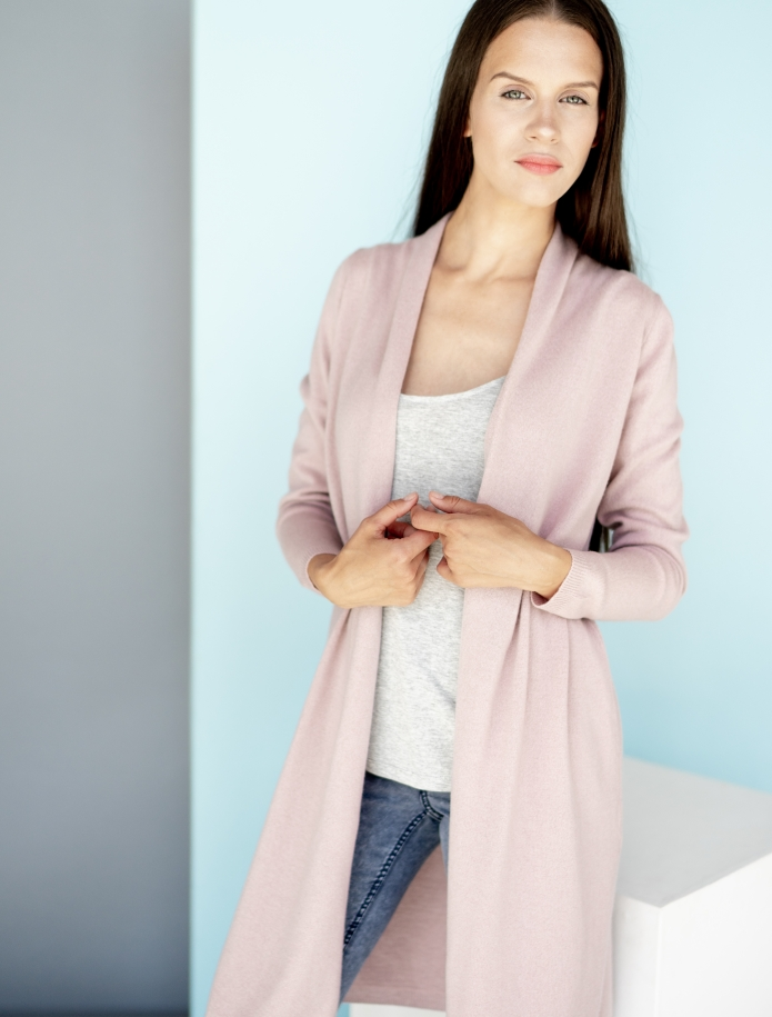 Long classic cashmere blend cardigan with pockets. Photo Nr. 4